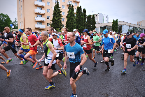 polmaraton-2019-uzavierka-ulic-ilustracna.png